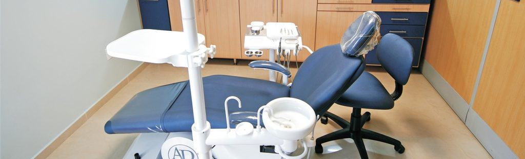 swollen gums when to see dentist